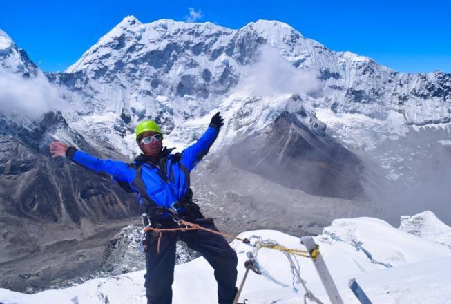 Island peak climbing with Gokyo chola pass everest base camp